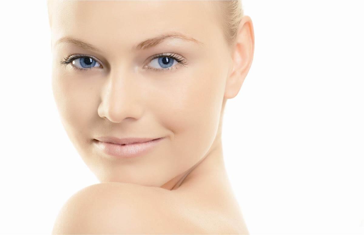 hogyan lehet megszabadulni a vörös foltoktól az arc tisztítása után
