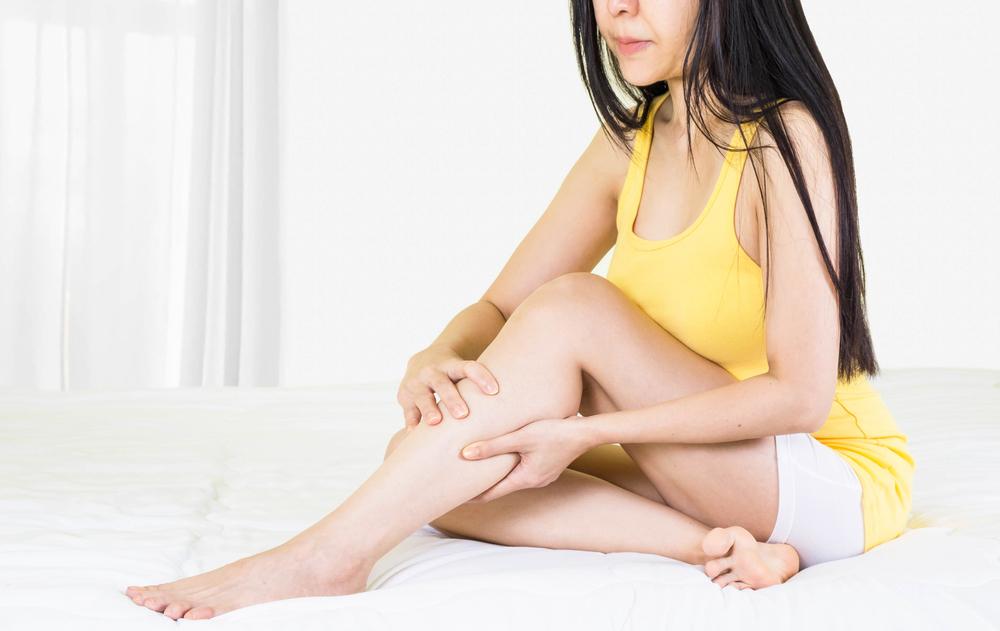 vörös folt a láb kanyarulatán felnőttnél akinek nincs pikkelysömör daganata