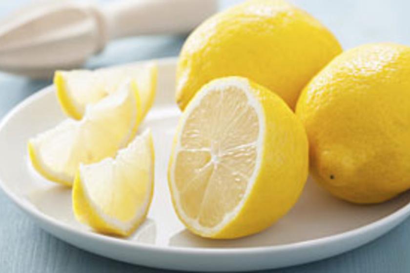 A bevált gyógymód a citrom a pattanások foltok. + 4 hatékony felhasználási mód