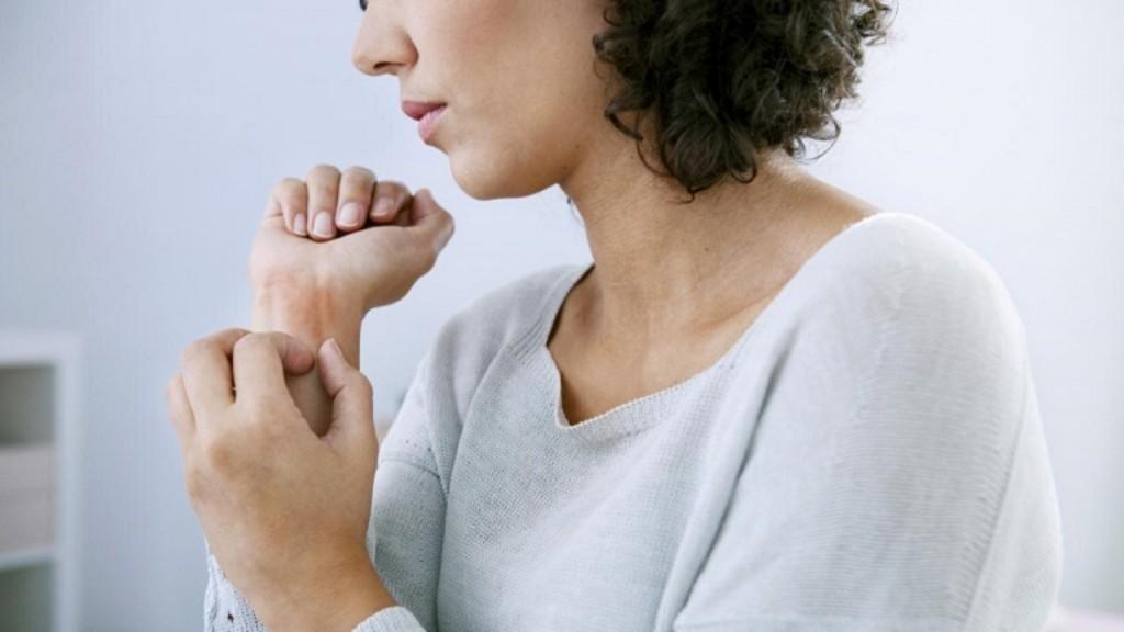 csalánkiütés, hogyan lehet eltávolítani a vörös foltokat pikkelysömör kezelése káposzta savanyú véleményekkel