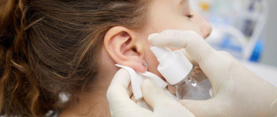 Hogyan lehet gyógyítani a fej és a fül pikkelysömörét